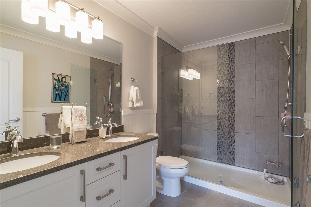 Photo 12: 1 12925 17 AVENUE in Surrey: Crescent Bch Ocean Pk. Townhouse for sale (South Surrey White Rock)  : MLS(r) # R2152668