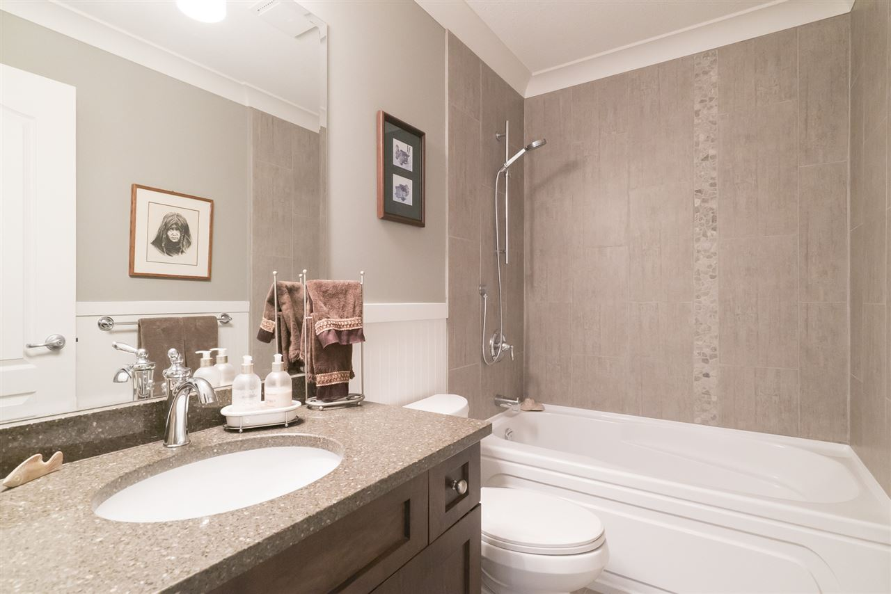 Photo 14: 1 12925 17 AVENUE in Surrey: Crescent Bch Ocean Pk. Townhouse for sale (South Surrey White Rock)  : MLS(r) # R2152668