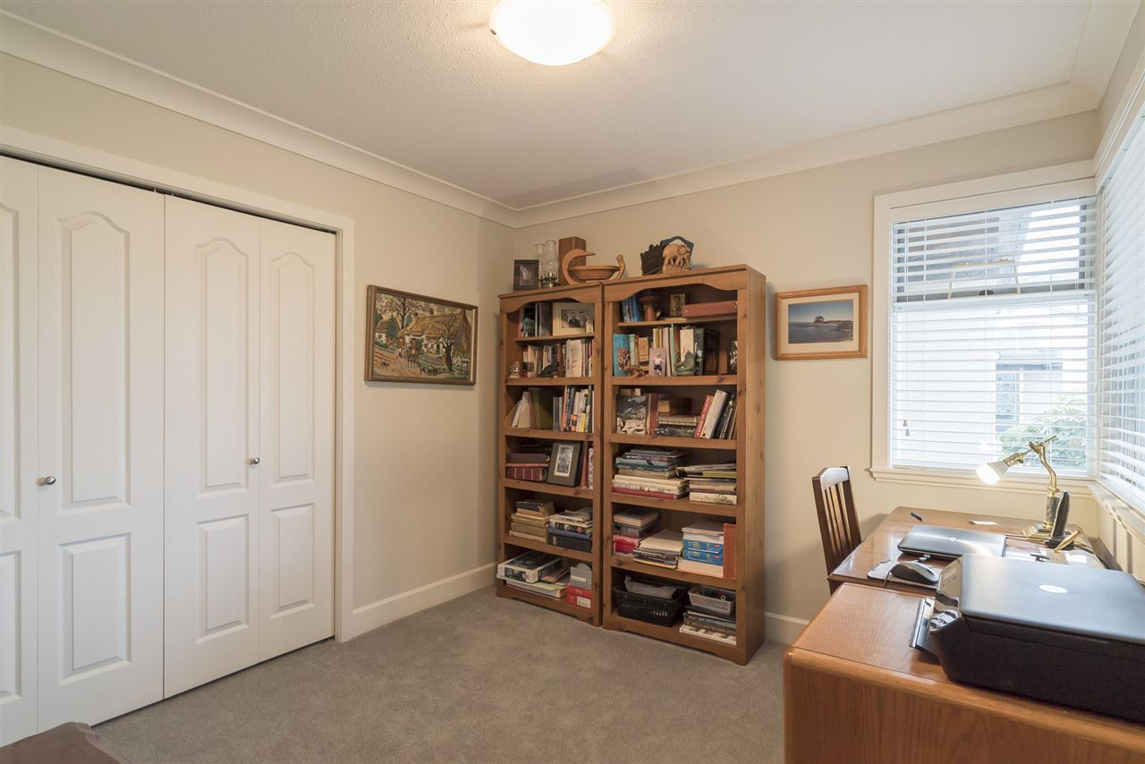 Photo 13: 1 12925 17 AVENUE in Surrey: Crescent Bch Ocean Pk. Townhouse for sale (South Surrey White Rock)  : MLS(r) # R2152668