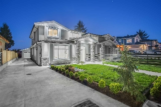 Main Photo: 6270 ROYAL OAK Avenue in Burnaby: Forest Glen BS House 1/2 Duplex for sale (Burnaby South)  : MLS(r) # R2166147