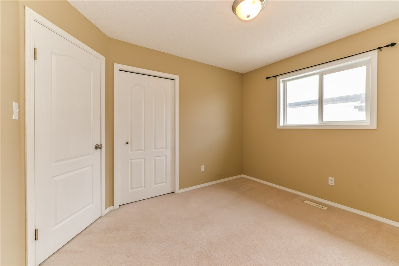 Photo 8: 5015 187 Street in Edmonton: Zone 20 House for sale : MLS® # E4069791