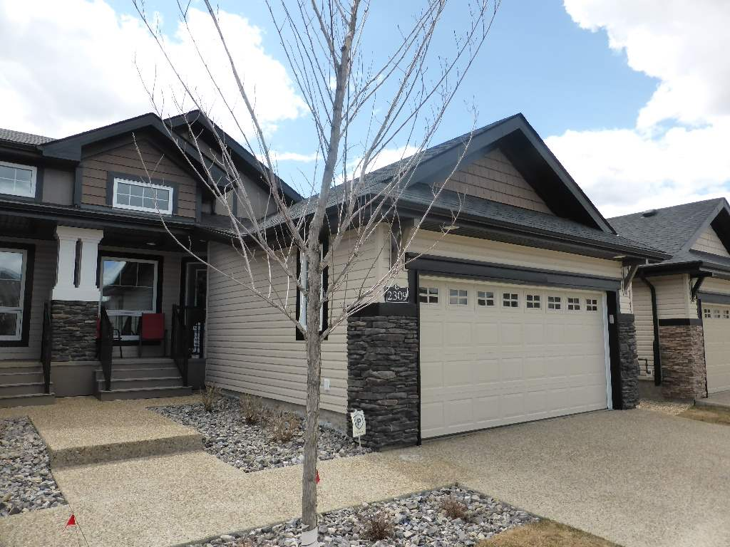 Main Photo: 2309 ASHCRAFT Cape in Edmonton: Zone 55 House Half Duplex for sale : MLS(r) # E4070442