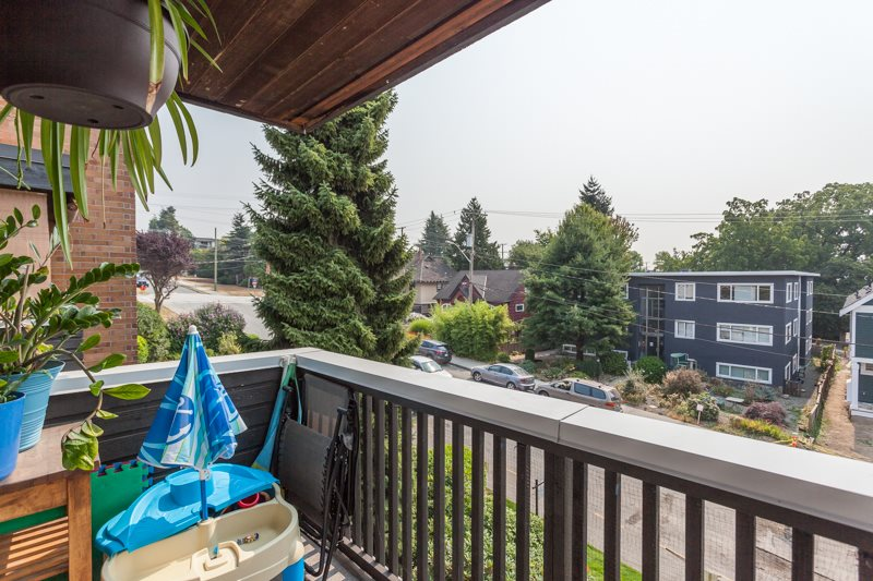 "Photo 17: 309 1011 FOURTH Avenue in New Westminster: Uptown NW Condo for sale in ""Crestwell Manor"" : MLS® # R2196488"