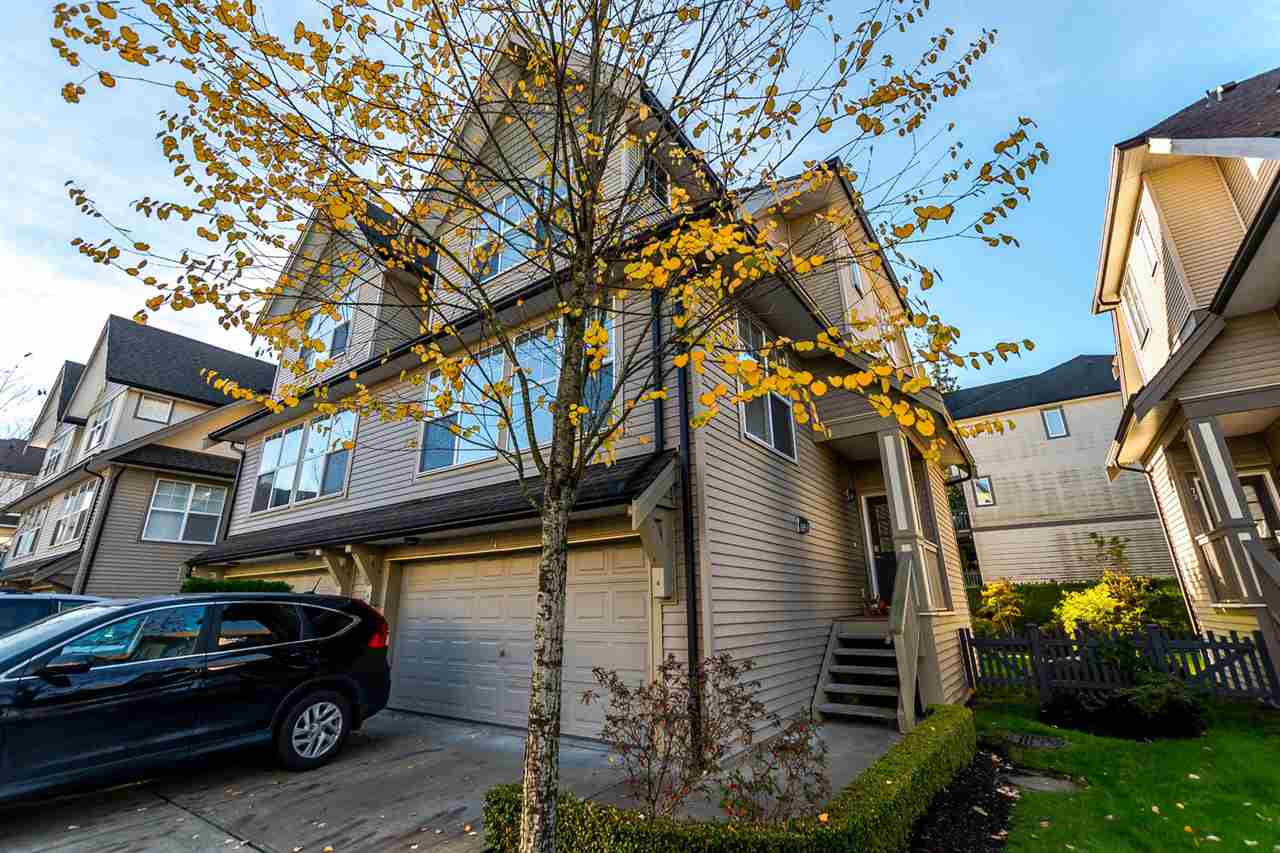 "Main Photo: 74 8089 209 Street in Langley: Willoughby Heights Townhouse for sale in ""ARBOREL PARK"" : MLS®# R2217074"