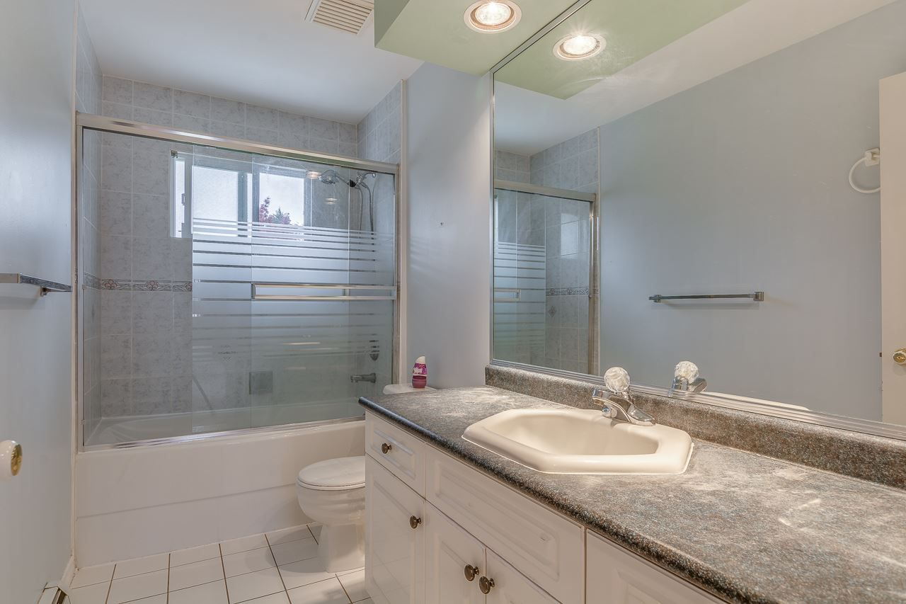 Photo 10: Photos: 15659 83A Avenue in Surrey: Fleetwood Tynehead House for sale : MLS® # R2220675