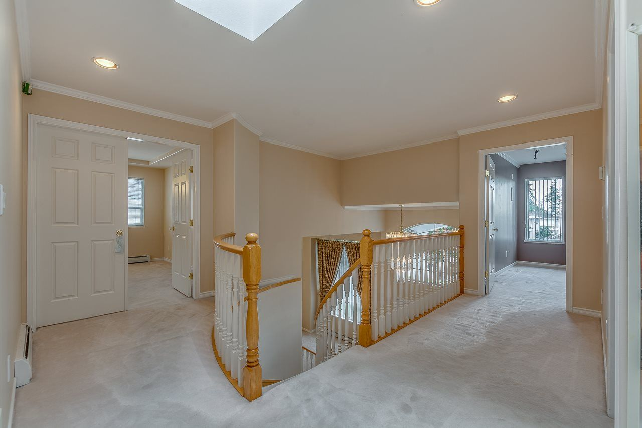 Photo 7: Photos: 15659 83A Avenue in Surrey: Fleetwood Tynehead House for sale : MLS® # R2220675