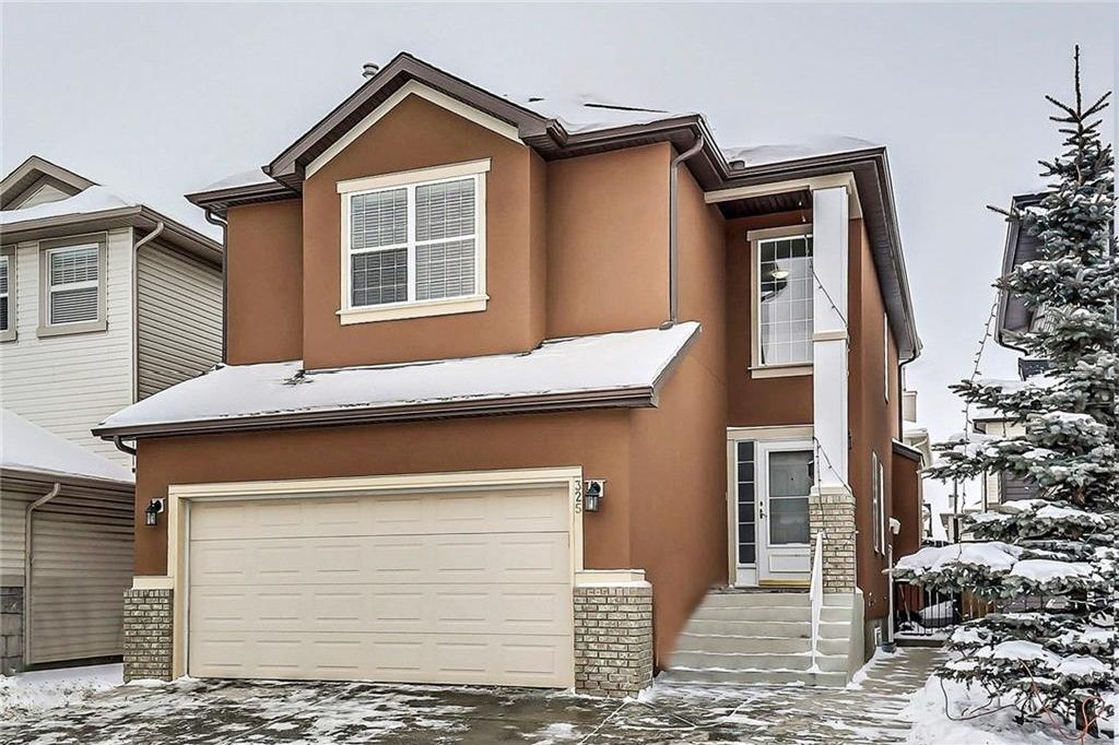 FEATURED LISTING: 325 Saddlecrest Way Northeast Calgary