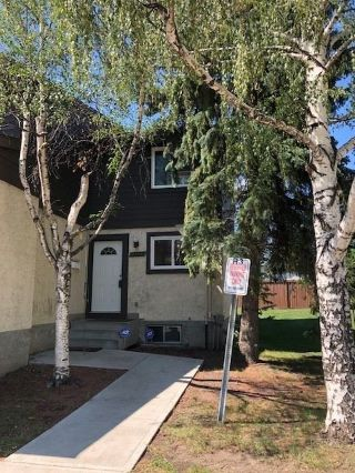 Main Photo: 17122 100 Street in Edmonton: Zone 27 Townhouse for sale : MLS®# E4122096