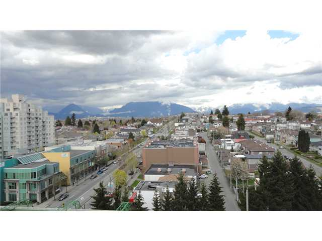 "Main Photo: 1107 3438 VANNESS Avenue in Vancouver: Collingwood VE Condo for sale in ""CENTRO"" (Vancouver East)  : MLS® # V883961"
