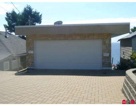 Photo 2: 15282 VICTORIA AV in White Rock: House for sale : MLS(r) # F2825262