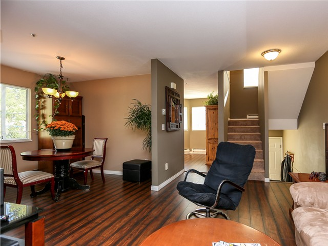 "Photo 4: 5 12188 HARRIS Road in Pitt Meadows: Central Meadows Townhouse for sale in ""WATERFORD PLACE"" : MLS(r) # V1029394"