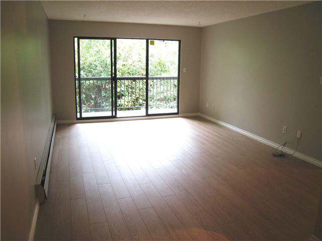 "Photo 3: 308 620 EIGHTH Avenue in NEW WEST: Uptown NW Condo for sale in ""DONCASTER"" (New Westminster)  : MLS(r) # V1141737"