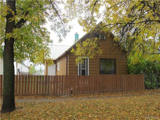 Main Photo:  in WINNIPEG: North End Residential for sale (North West Winnipeg)  : MLS® # 1527634