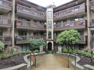 "Main Photo: 217 9847 MANCHESTER Drive in Burnaby: Cariboo Condo for sale in ""Barclay Woods"" (Burnaby North)  : MLS(r) # R2041782"