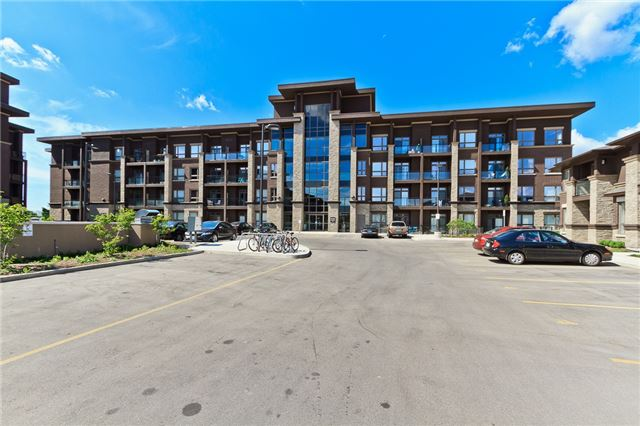 Main Photo: 301 5020 Corporate Drive in Burlington: Uptown Condo for lease : MLS® # W3564776