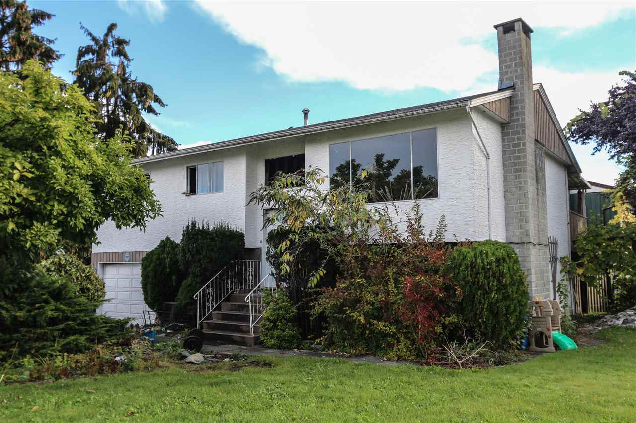 Main Photo: 12258 GREENWELL Street in Maple Ridge: East Central House for sale : MLS® # R2113382
