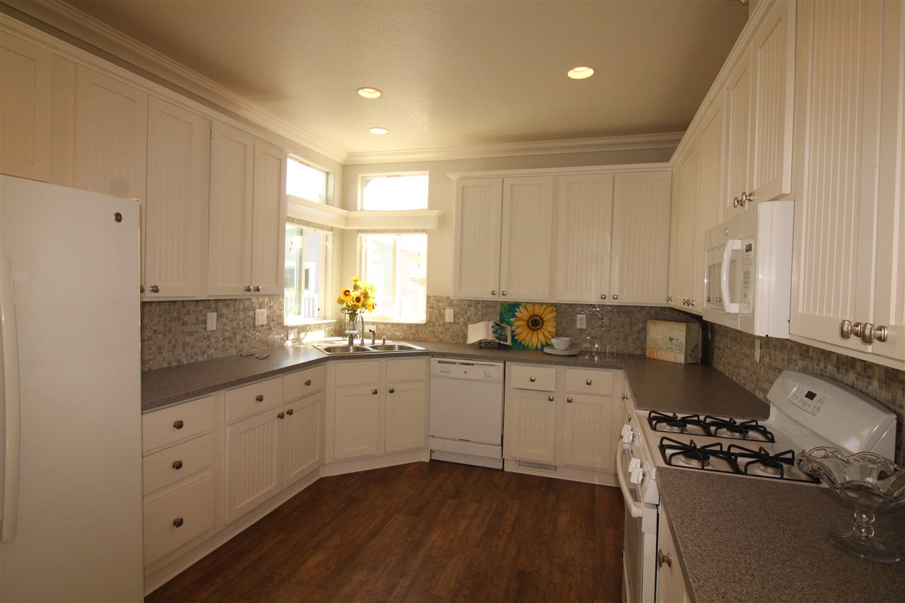 Photo 5: CARLSBAD SOUTH Manufactured Home for sale : 2 bedrooms : 7018 San Bartolo in Carlsbad