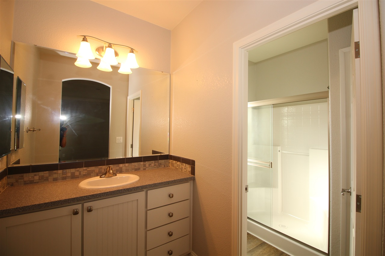 Photo 9: CARLSBAD SOUTH Manufactured Home for sale : 2 bedrooms : 7018 San Bartolo in Carlsbad