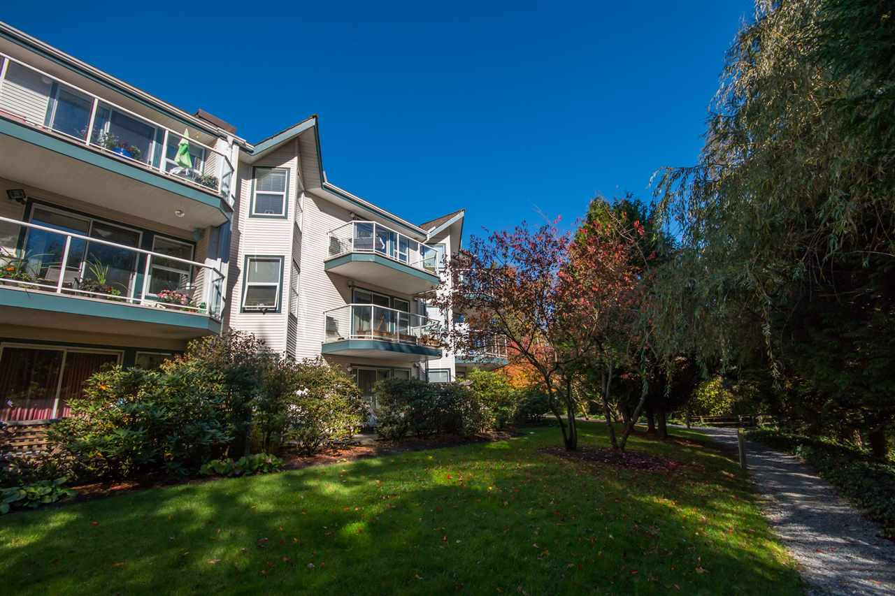 Main Photo: 312 27358 32 Avenue in Langley: Aldergrove Langley Condo for sale : MLS(r) # R2115816