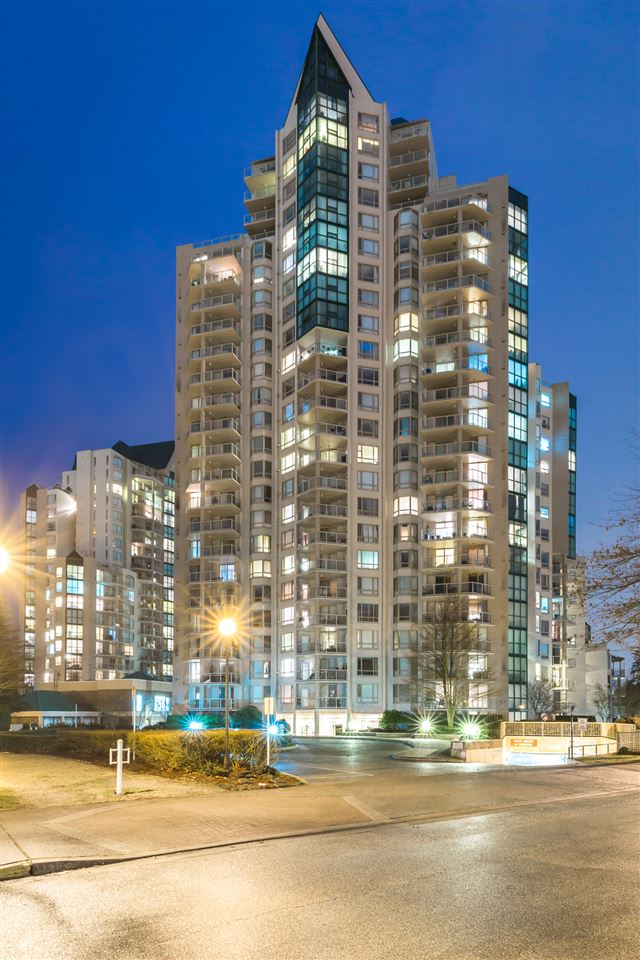 "Main Photo: 2101 1199 EASTWOOD Street in Coquitlam: North Coquitlam Condo for sale in ""THE SELKIRK"" : MLS®# R2142916"