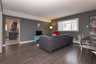 Main Photo: 5 9630 82 Avenue in Edmonton: Zone 15 Condo for sale : MLS(r) # E4054848