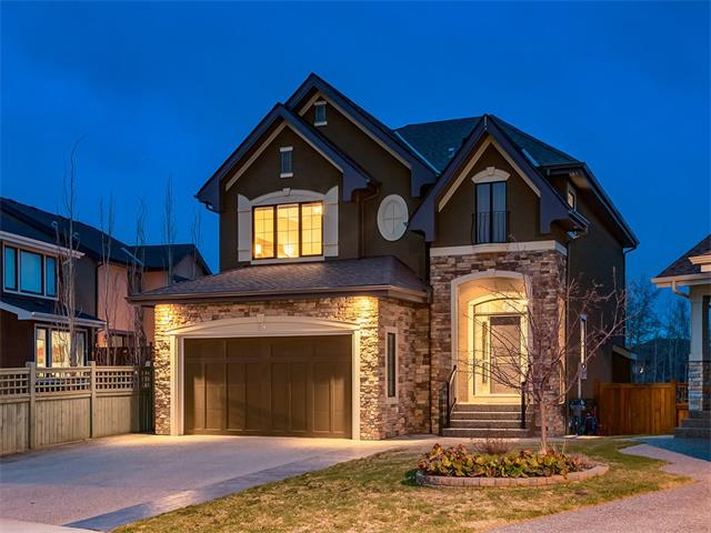 Main Photo: 29 WEST COACH Way SW in Calgary: West Springs House for sale : MLS® # C4113706