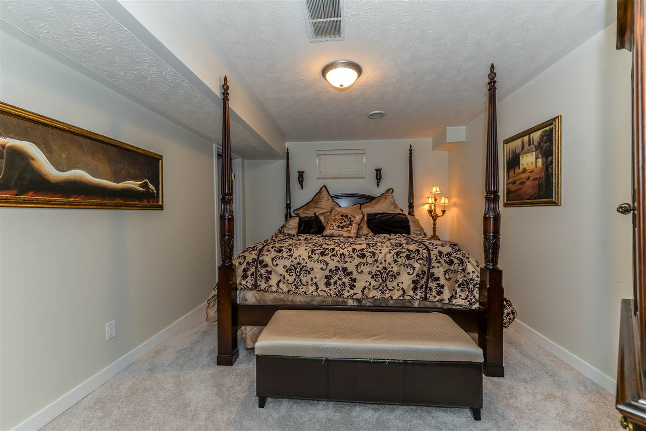 Photo 18: 272 NOTTINGHAM Boulevard: Sherwood Park House for sale : MLS® # E4064586