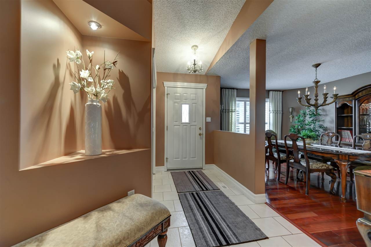 Photo 3: 272 NOTTINGHAM Boulevard: Sherwood Park House for sale : MLS® # E4064586