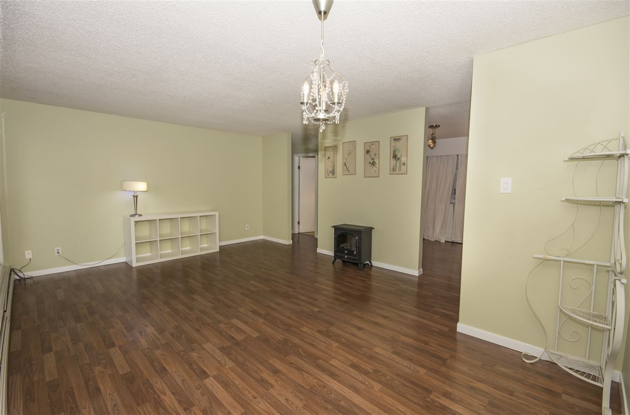 Photo 4: 209 2311 119 Street in Edmonton: Zone 16 Condo for sale : MLS® # E4065066