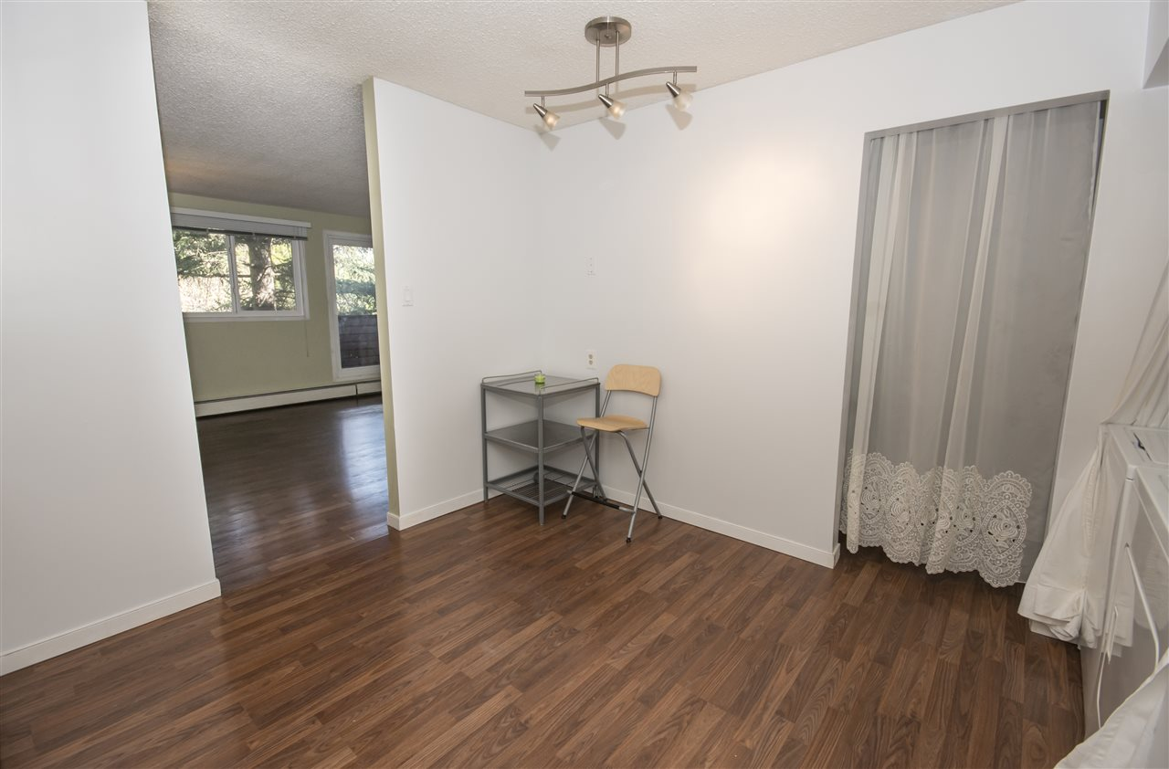 Photo 3: 209 2311 119 Street in Edmonton: Zone 16 Condo for sale : MLS® # E4065066