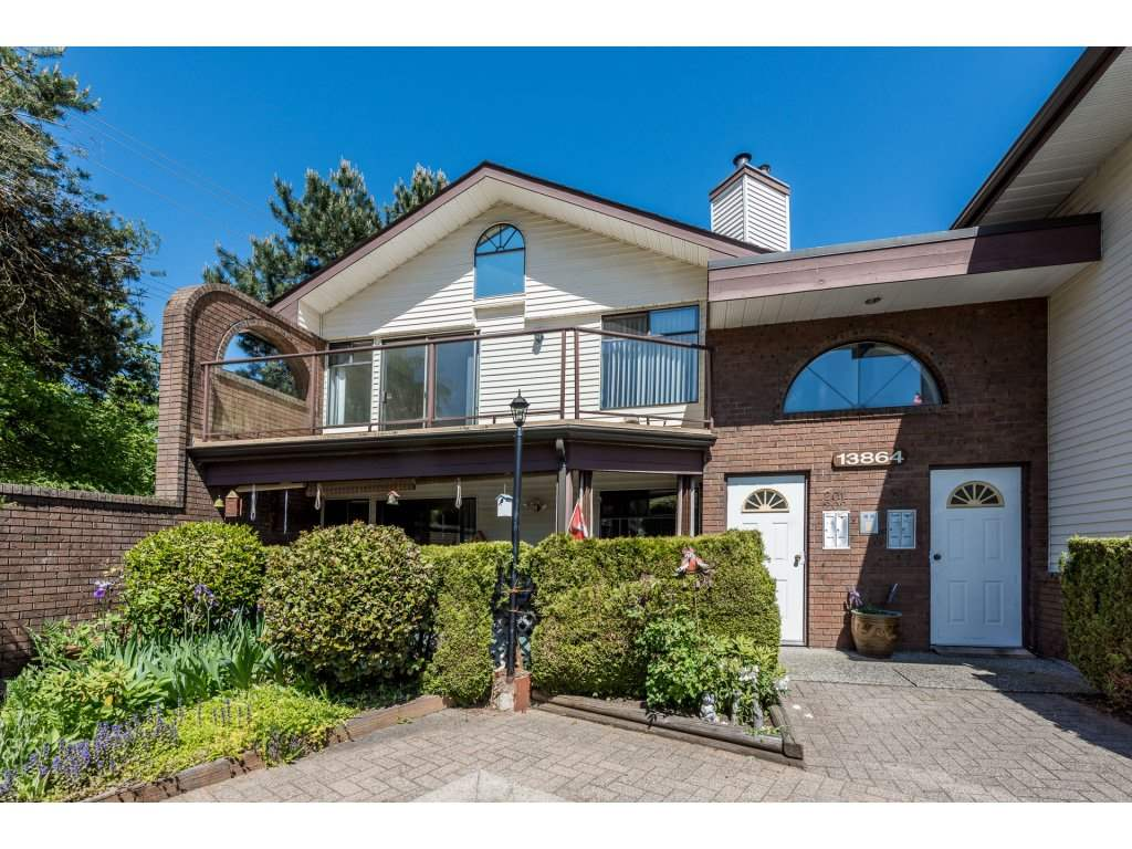 "Main Photo: 201 13864 102ND Avenue in Surrey: Whalley Townhouse for sale in ""GLENDALE VILLAGE"" (North Surrey)  : MLS(r) # R2170695"