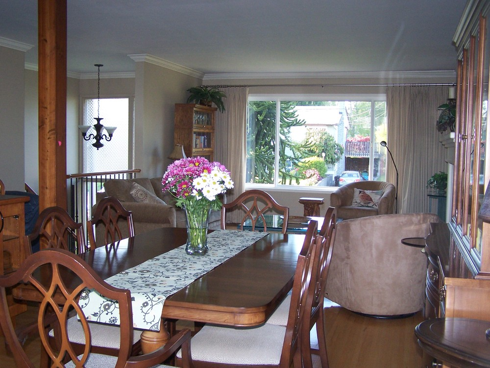 Photo 6: 13790 BLACKBURN Ave in South Surrey White Rock: Home for sale : MLS® # F1310728