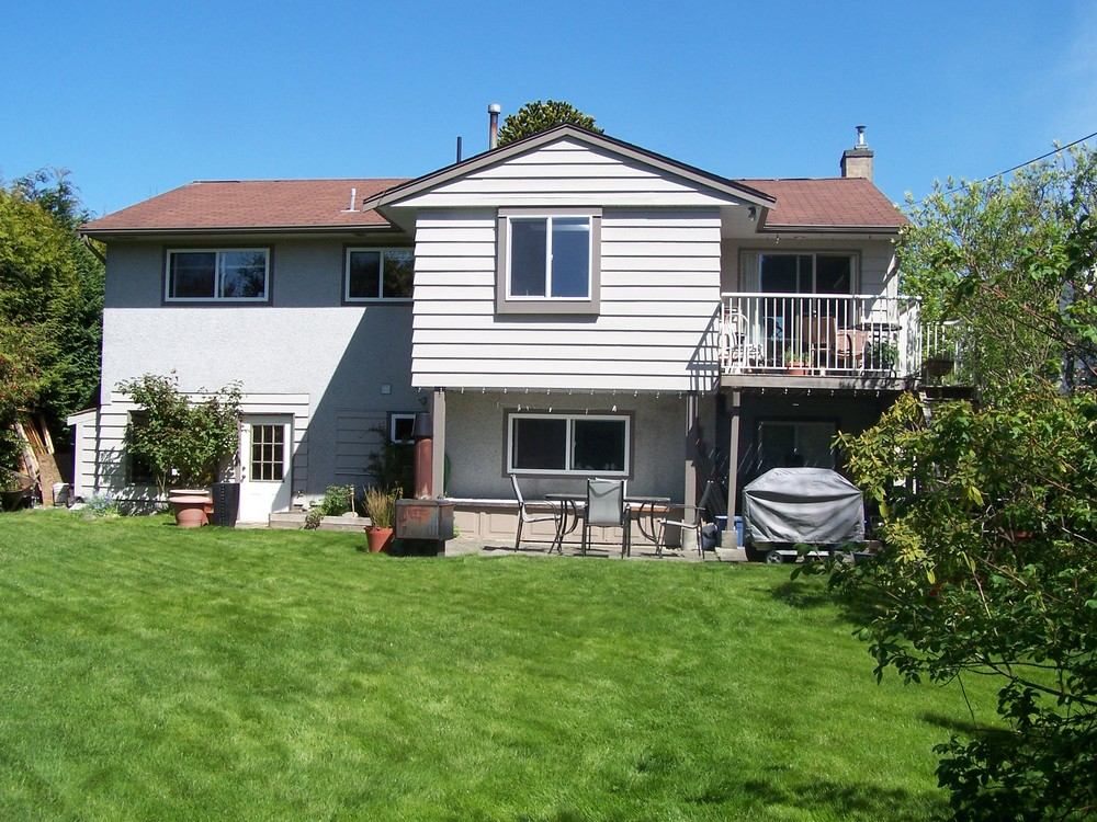 Photo 9: 13790 BLACKBURN Ave in South Surrey White Rock: Home for sale : MLS® # F1310728