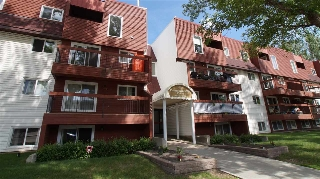 Main Photo:  in Edmonton: Zone 13 Condo for sale : MLS® # E4068867