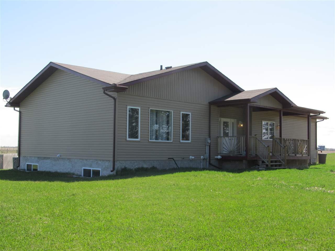 Photo 2: 58303 RR 263: Rural Westlock County House for sale : MLS® # E4072279