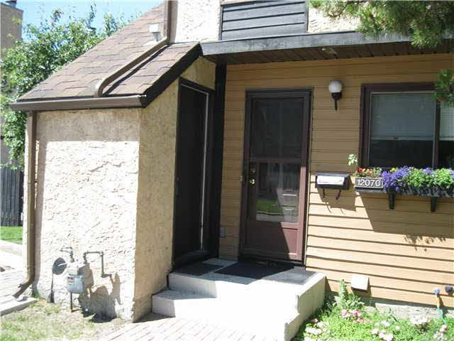 Main Photo: 12070 25 Avenue in Edmonton: Zone 16 Townhouse for sale : MLS® # E4073989
