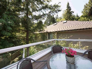 "Main Photo: 61 181 RAVINE Drive in Port Moody: Heritage Mountain Townhouse for sale in ""VIEWPOINT"" : MLS(r) # R2188868"