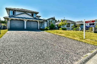 Main Photo: 9381 160A Street in Surrey: Fleetwood Tynehead House for sale : MLS® # R2188719