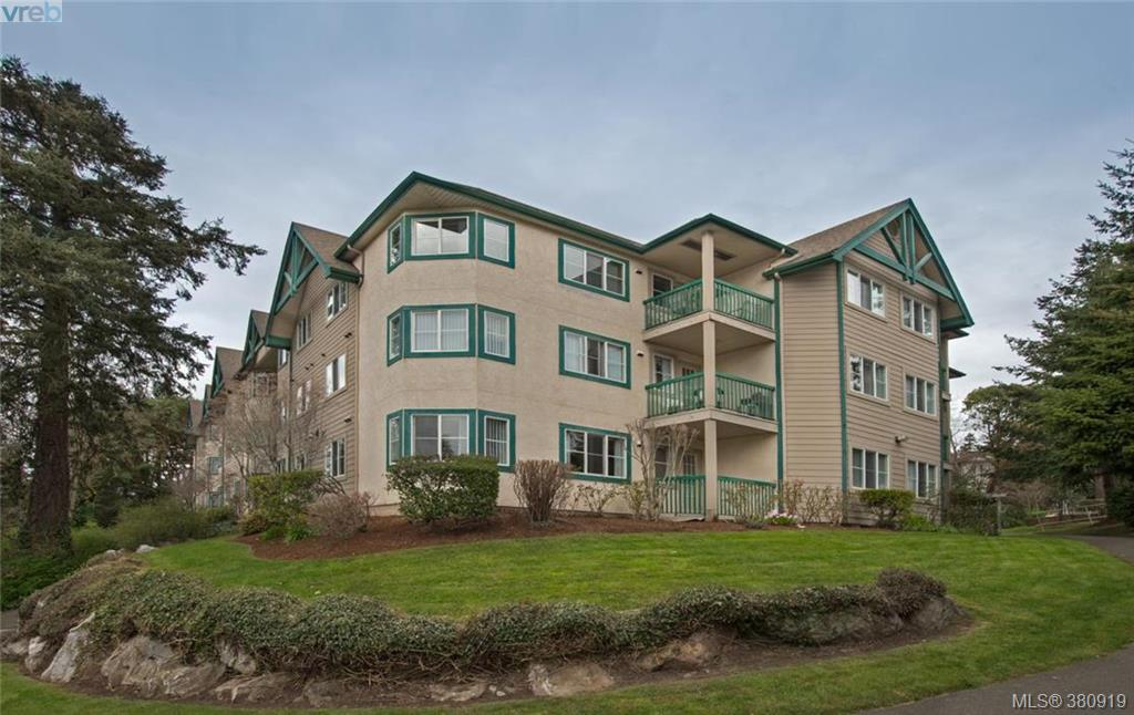 Main Photo: 218 290 Island Highway in VICTORIA: VR View Royal Condo Apartment for sale (View Royal)  : MLS(r) # 380919