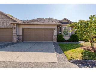 "Main Photo: 17 2525 YALE Court in Abbotsford: Abbotsford East Townhouse for sale in ""Yale Court"" : MLS® # R2197608"