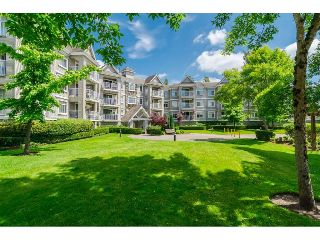 "Main Photo: 305 20896 57 Avenue in Langley: Langley City Condo for sale in ""BAYBERRY LANE"" : MLS® # R2214120"