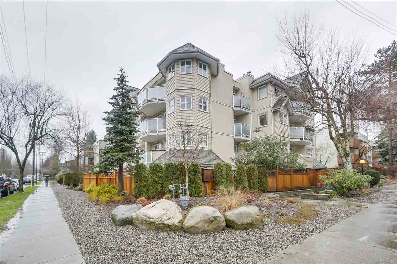 "Main Photo: 101 1515 E 6TH Avenue in Vancouver: Grandview VE Condo for sale in ""WOODLAND TERRACE"" (Vancouver East)  : MLS®# R2237006"