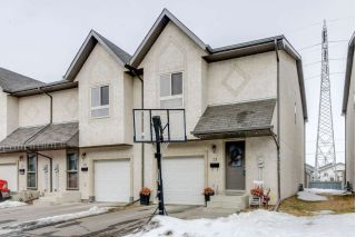 Main Photo: 15 16317 64 Street NW in Edmonton: Zone 03 Townhouse for sale : MLS®# E4101144
