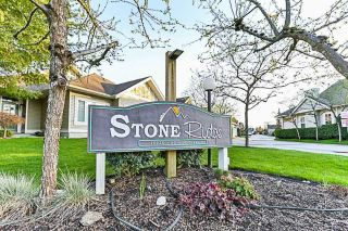 Main Photo: 36 16920 80 Avenue in Surrey: Fleetwood Tynehead Townhouse for sale : MLS®# R2288112
