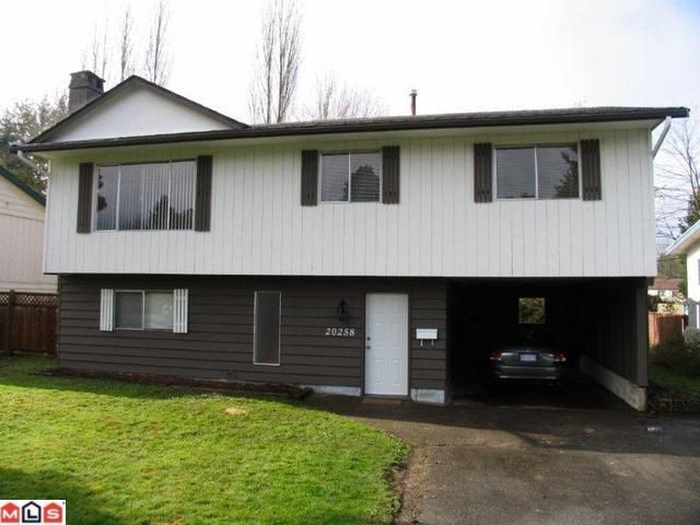 Main Photo: 20258 52ND Avenue in Langley: Langley City House for sale : MLS® # F1110259