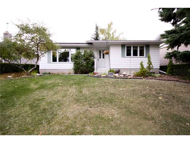 FEATURED LISTING: 4815 40 Avenue Southwest CALGARY