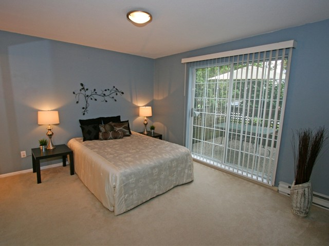 "Photo 14: 101 1990 COQUITLAM Avenue in Port Coquitlam: Glenwood PQ Condo for sale in ""THE RICHFIELD"" : MLS(r) # V913956"