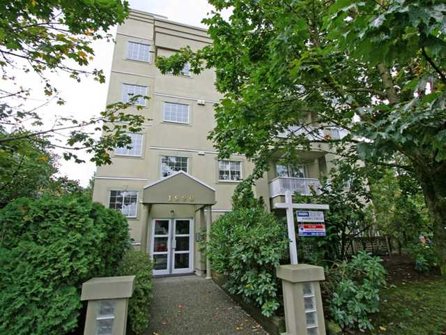 "Photo 9: 101 1990 COQUITLAM Avenue in Port Coquitlam: Glenwood PQ Condo for sale in ""THE RICHFIELD"" : MLS(r) # V913956"