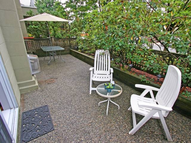 "Photo 18: 101 1990 COQUITLAM Avenue in Port Coquitlam: Glenwood PQ Condo for sale in ""THE RICHFIELD"" : MLS(r) # V913956"