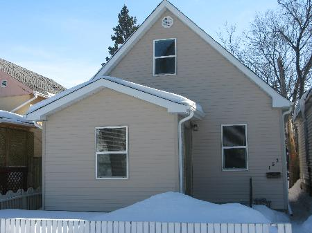 Main Photo: 153 WORTH ST in Winnipeg: Residential for sale (Canada)  : MLS(r) # 1102952